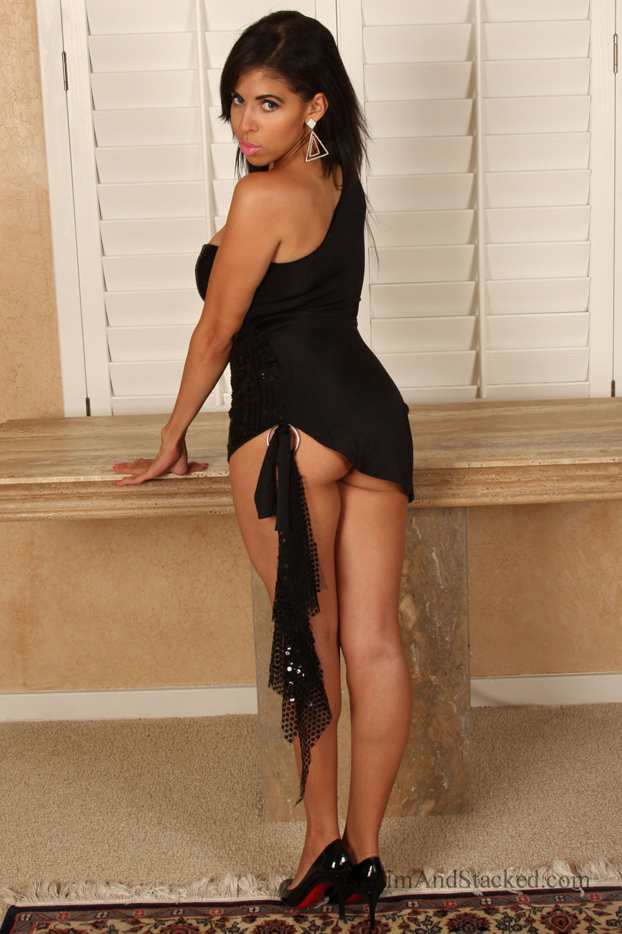 Bianca is super hot in, as well as out of, her sexy black dress.  Get the entire set, in high quality, 3000 pixel resolution.  Contact dezertimagez@gmailcom for pricing.