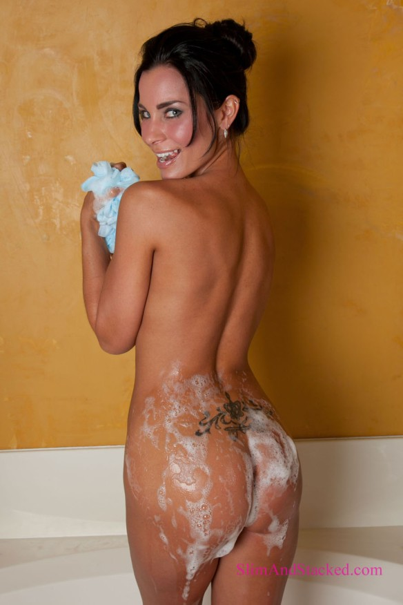 Laura takes our breath away as she soaps up, and then washes the soap away, exposing all of her loveliness.  Get the entire set to see all of Laura.  Contact dezertimagez@gmail.com for pricing